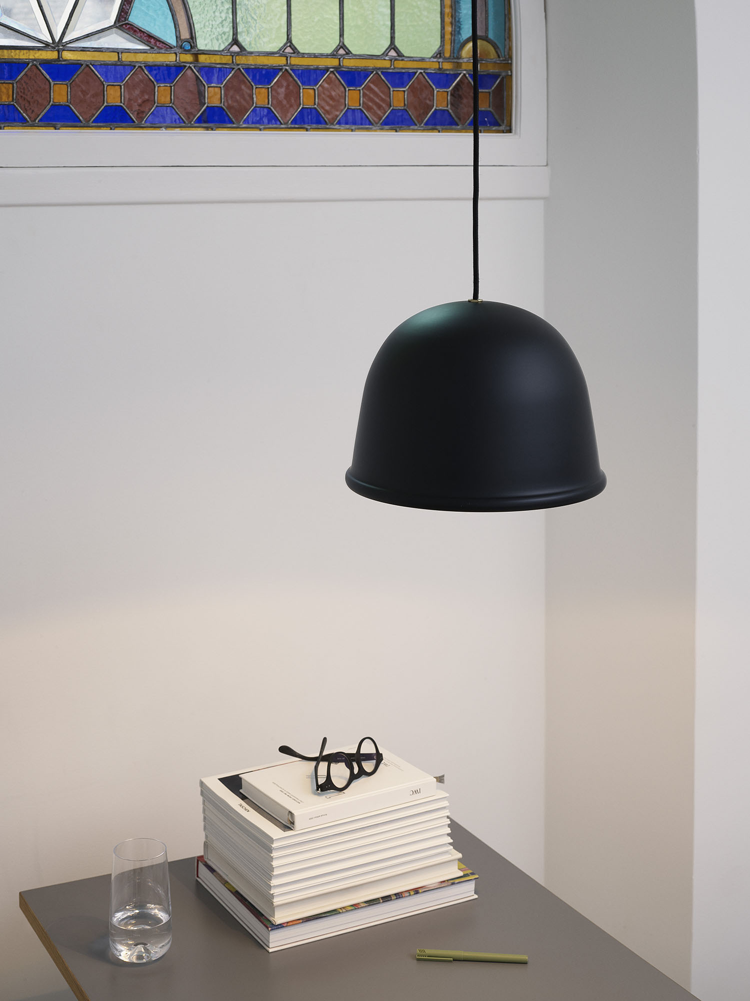 502179_Normann_Copenhagen_Local_Lamp_Black_04_1500x2000