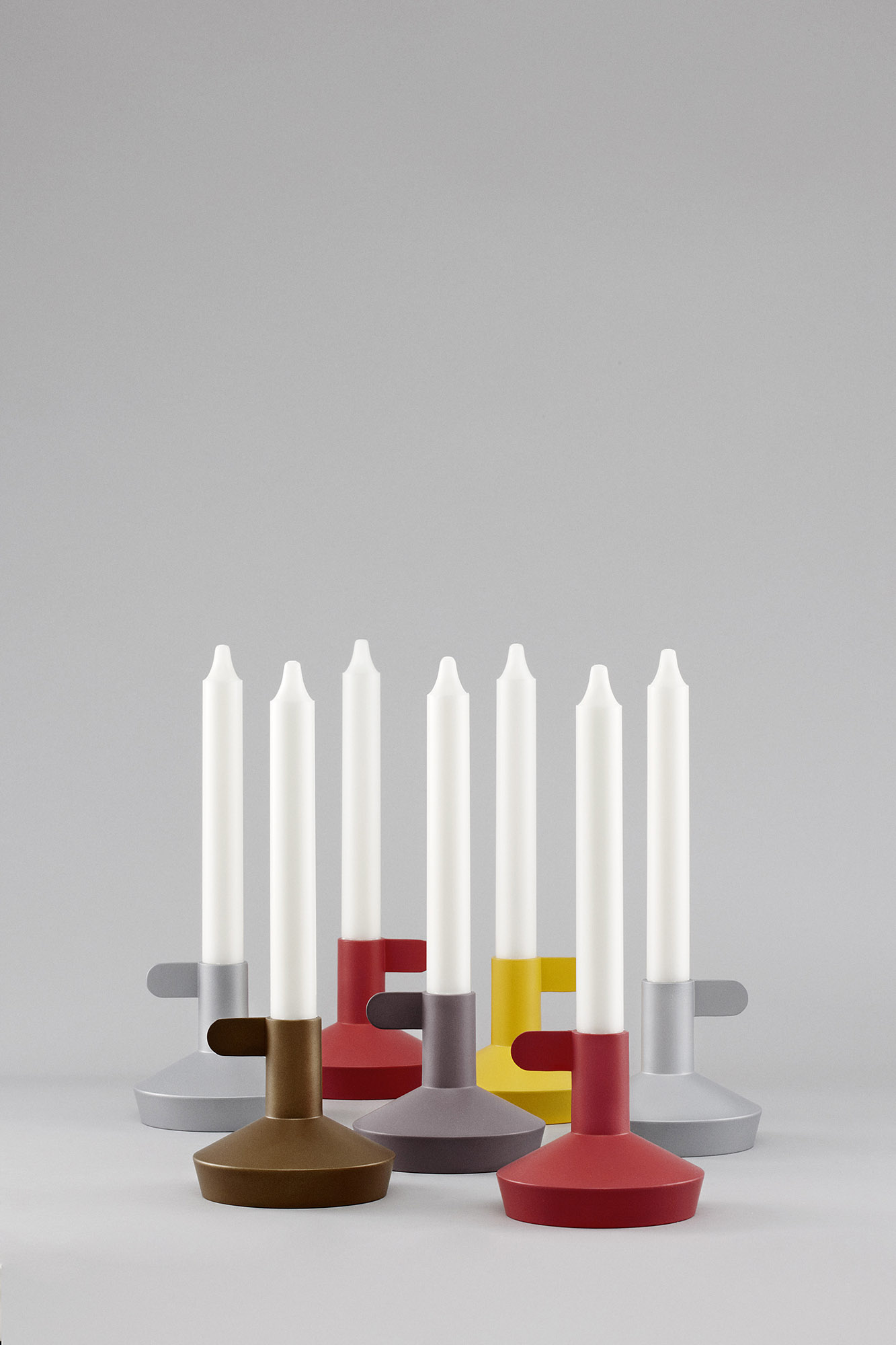 Flag_Group_Candles_Grey_Background_tall_1333x2000