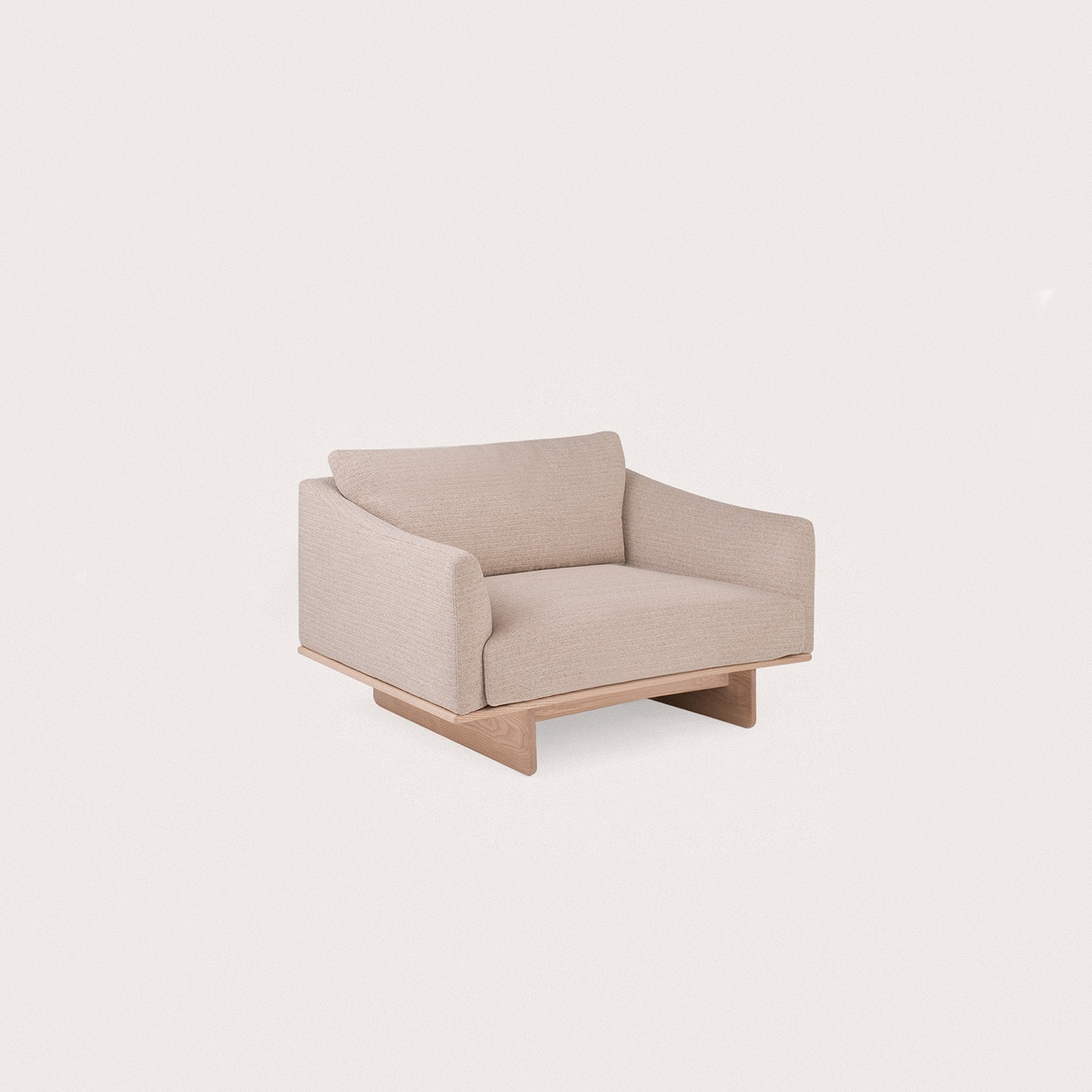 Grade-Armchair_Savanna202_1500x1500