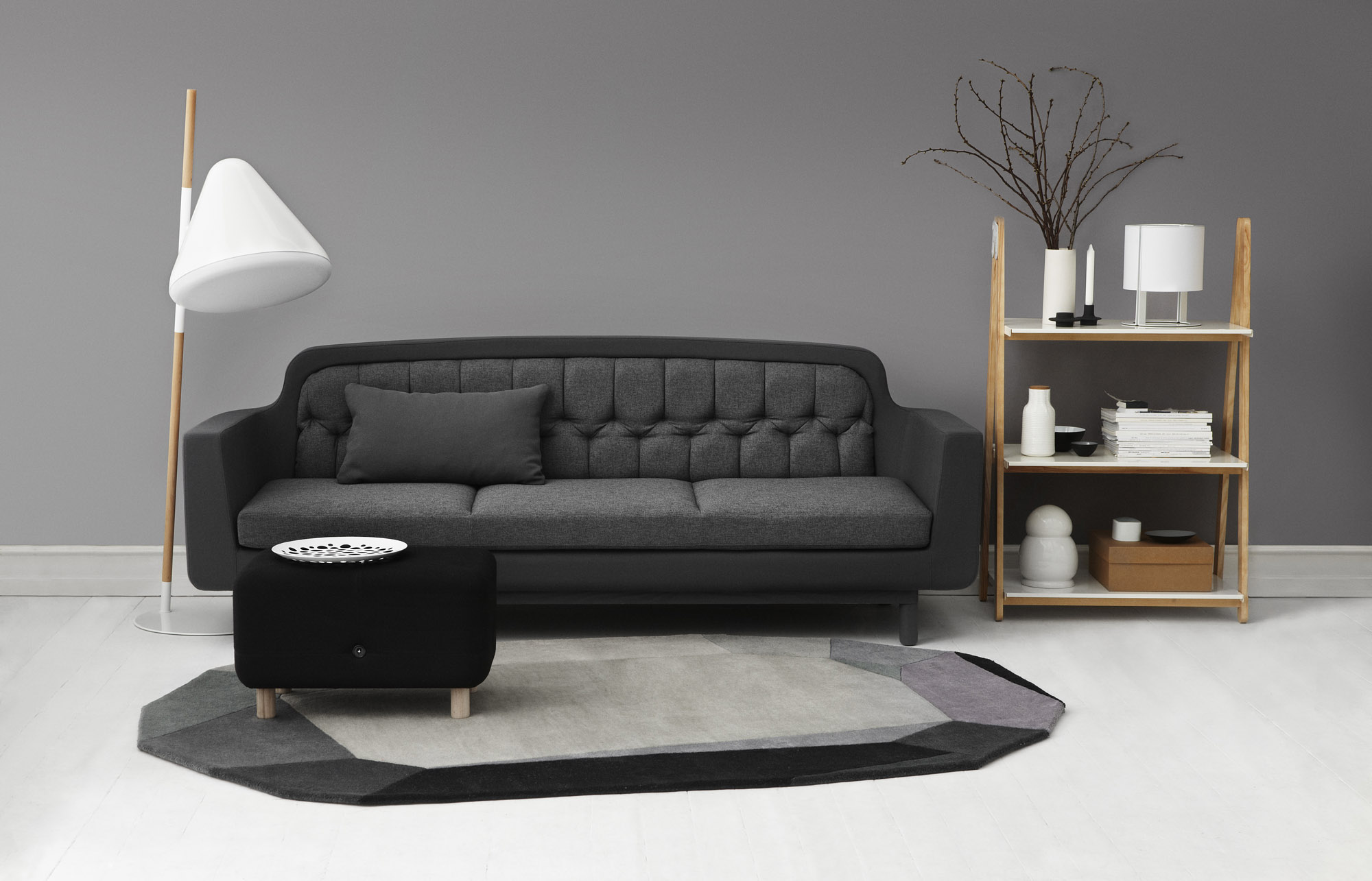 Hello_FloorLamp_Livingroom_2000x1285