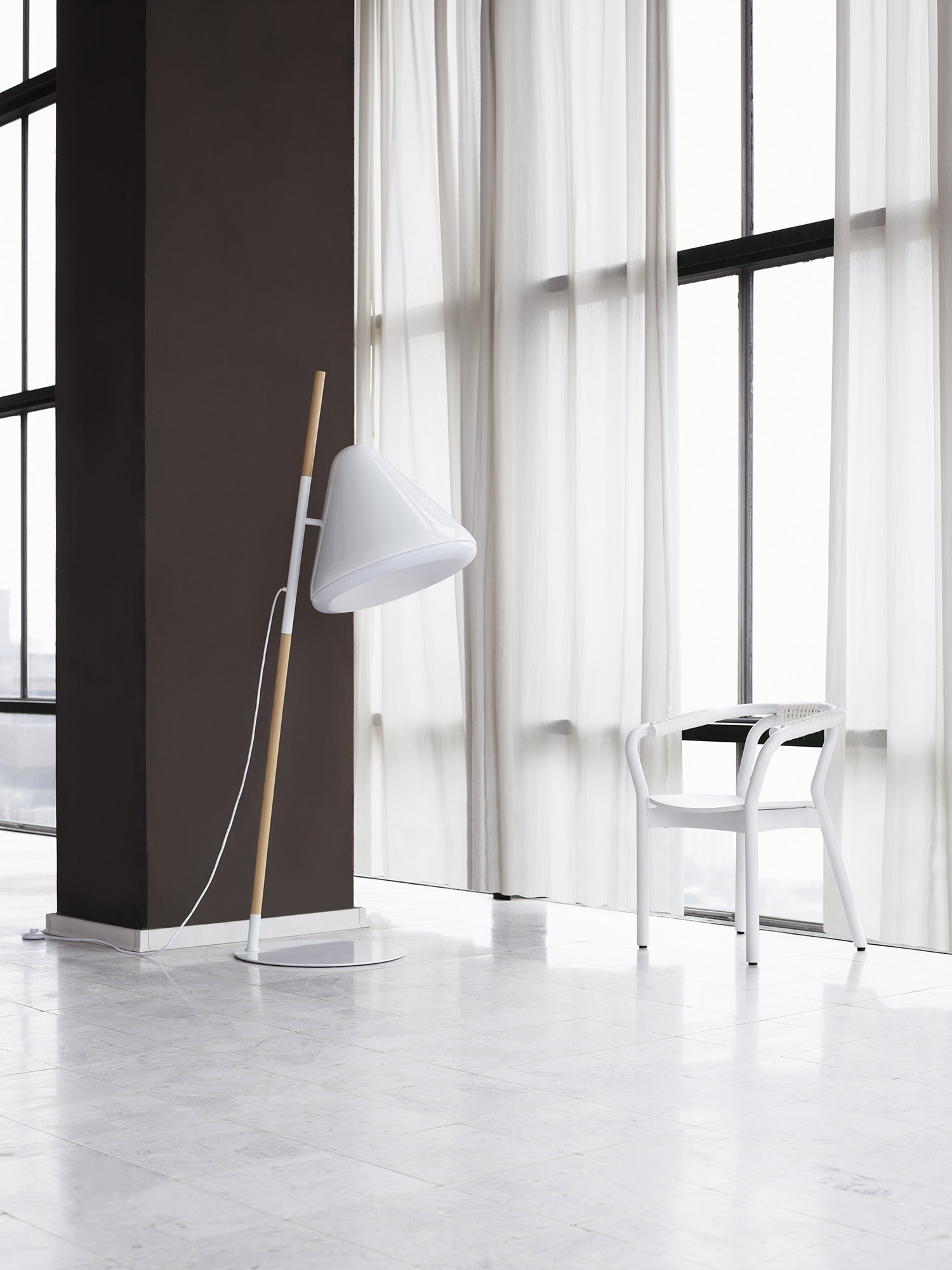 Hello Floor Lamp (2012) Jonas Wagell Design & Architecture