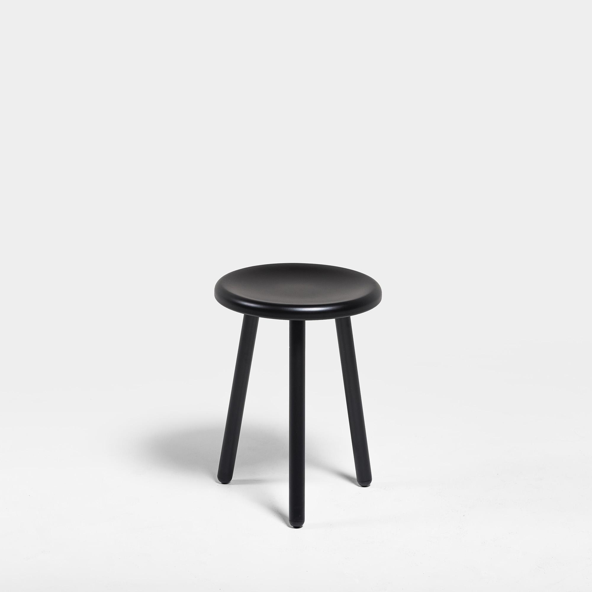 Montmartre_stool_2_2000x2000