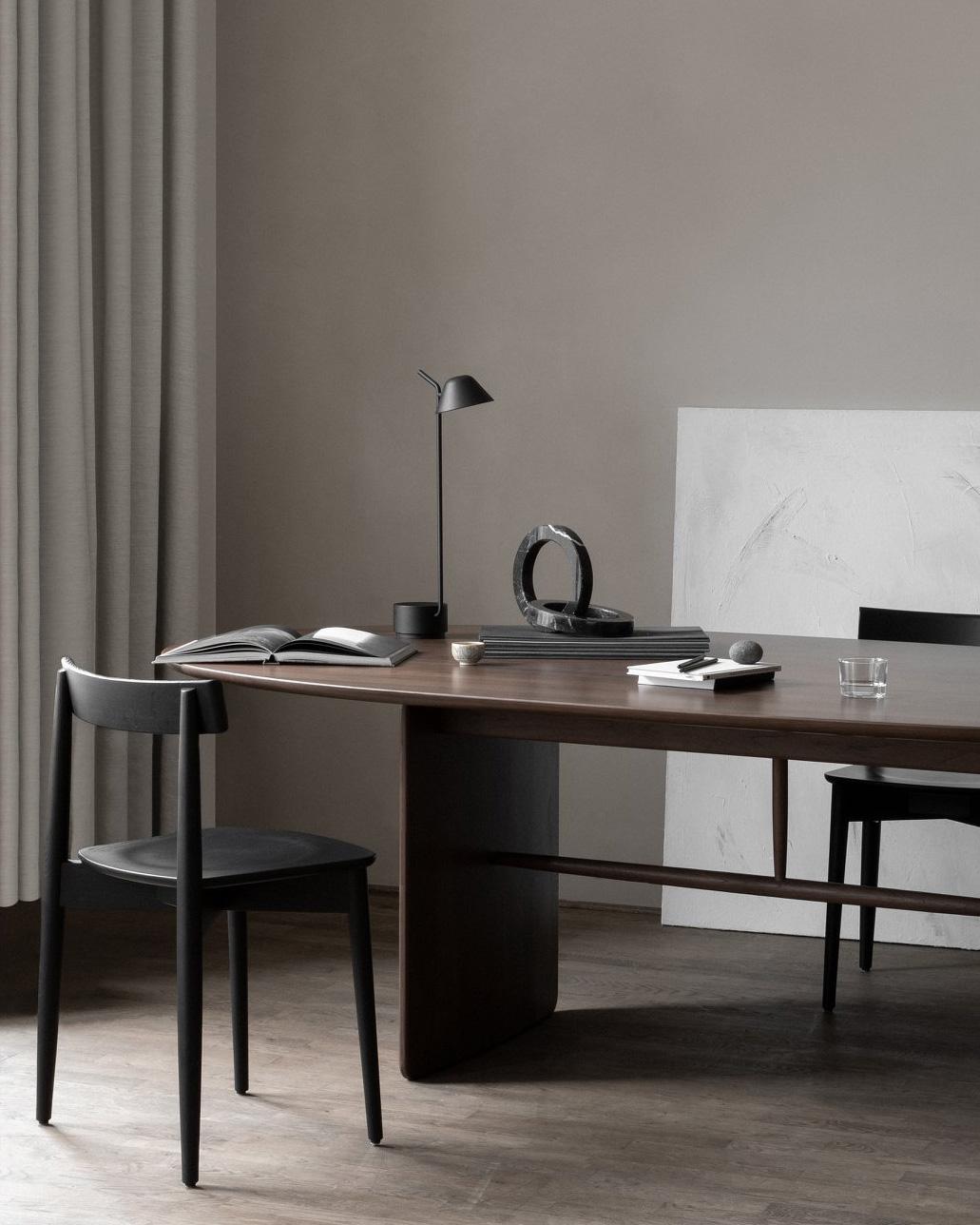 Peek-lamp_pennon-table_1031x1288