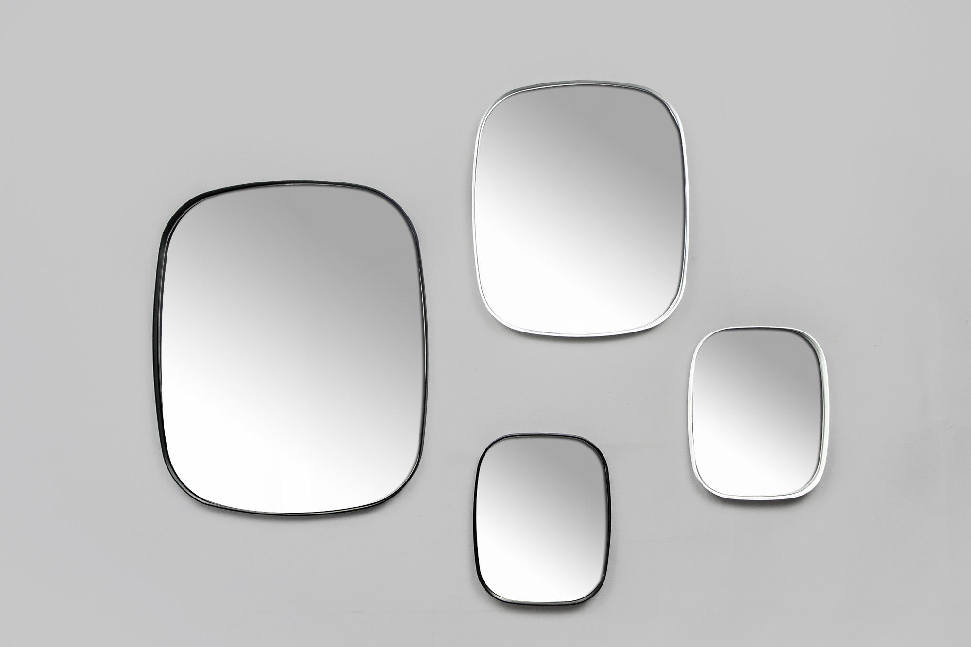 Pool-mirrors-01_grey_2000x1333