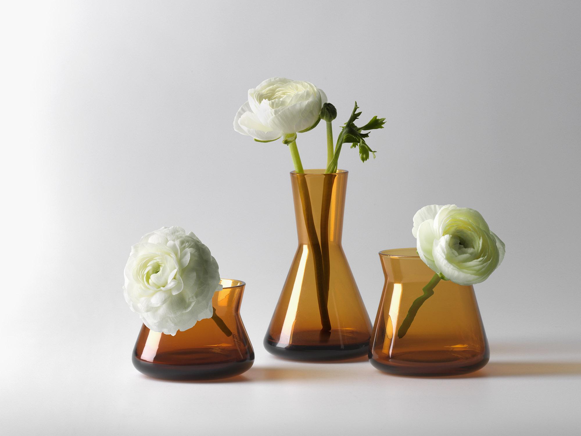 Trio_amber_flower1_2000x1500
