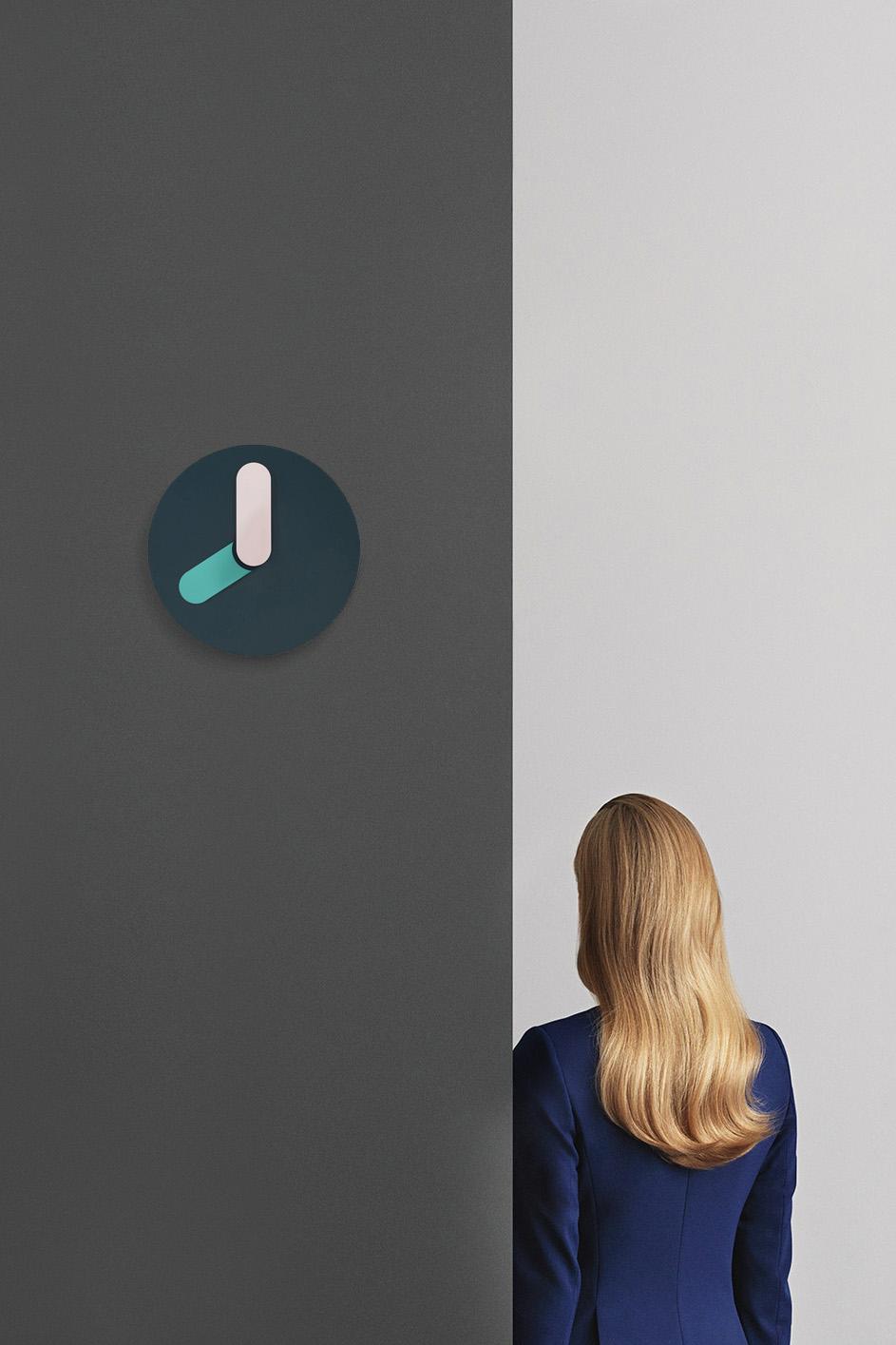 Bold Wall Clock (2015)
