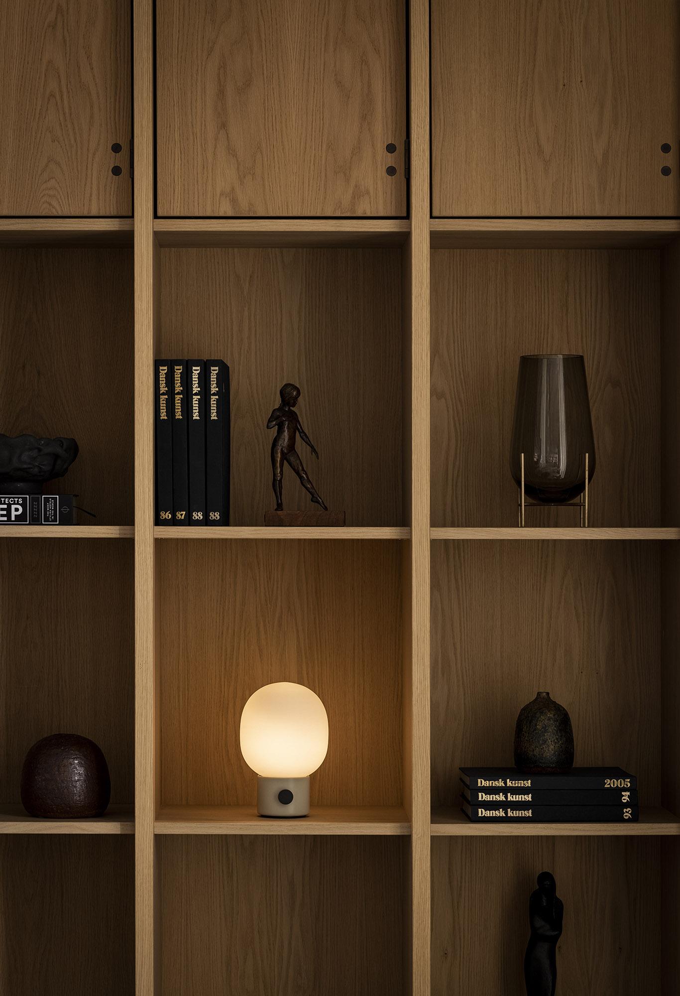 JWDA-Portable-shelf1_1366x2000